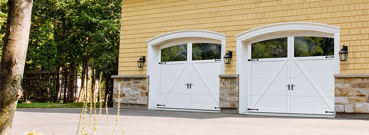Princeton P-22, 9' x 7', Ice White, Arch Overlay with Clear Panoramic windows